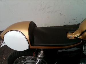 """Thruxton Cup Upholstered"""